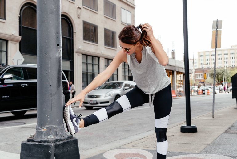 Spring Activewear Favorites: Dallas blogger sharing her favorite activewear for spring in a roundup of the cutest athleisure and workout looks to help keep you motivated. #activewear #athleisure #springactivewear #springathleisure
