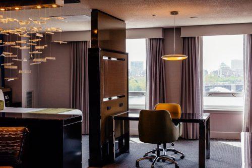 The Royal Sonesta Hotel via A Lo Profile's Boston Travel Guide