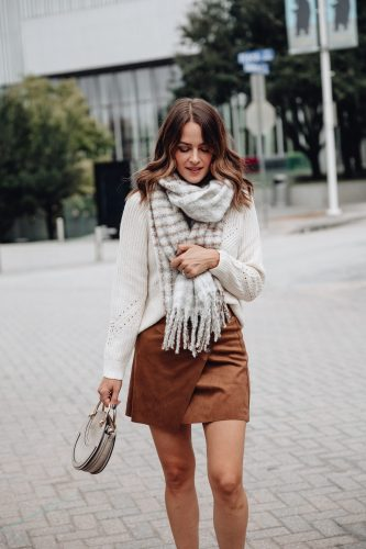 Sharing twenty-five of the cutest scarves for fall under $100 and two outfits featuring fall scarves to give you ideas of how to style them.