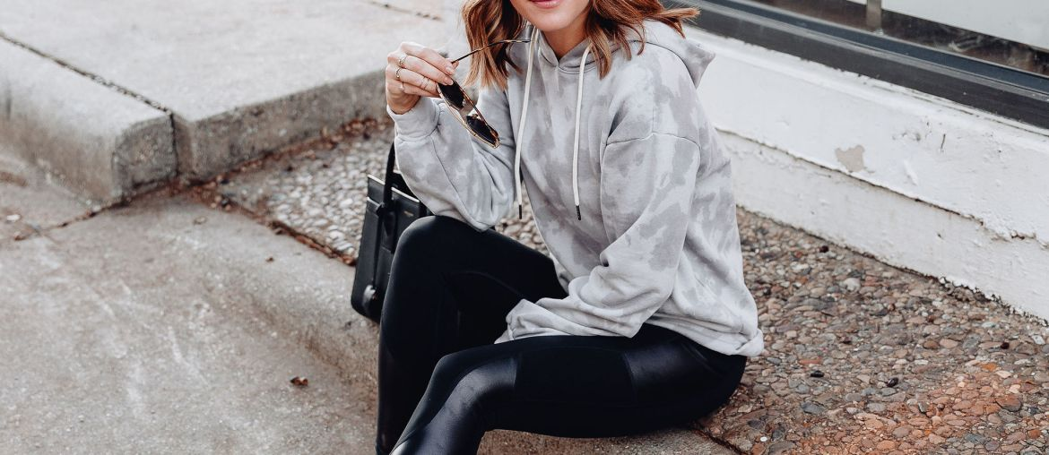 A roundup of all the cutest winter workout clothes (or athleisure outfits) in a wide range of prices in my winter activewear guide!