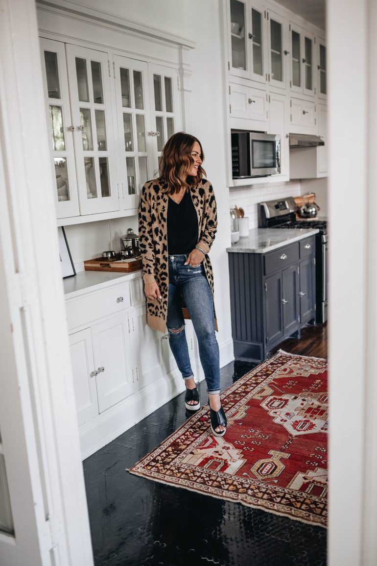 2019 Nordstrom Sale Outfit Ideas: Over 20 styled outfits with pieces from the Nordstrom Sale 2019 to give you some inspo for how to style your sale finds.
