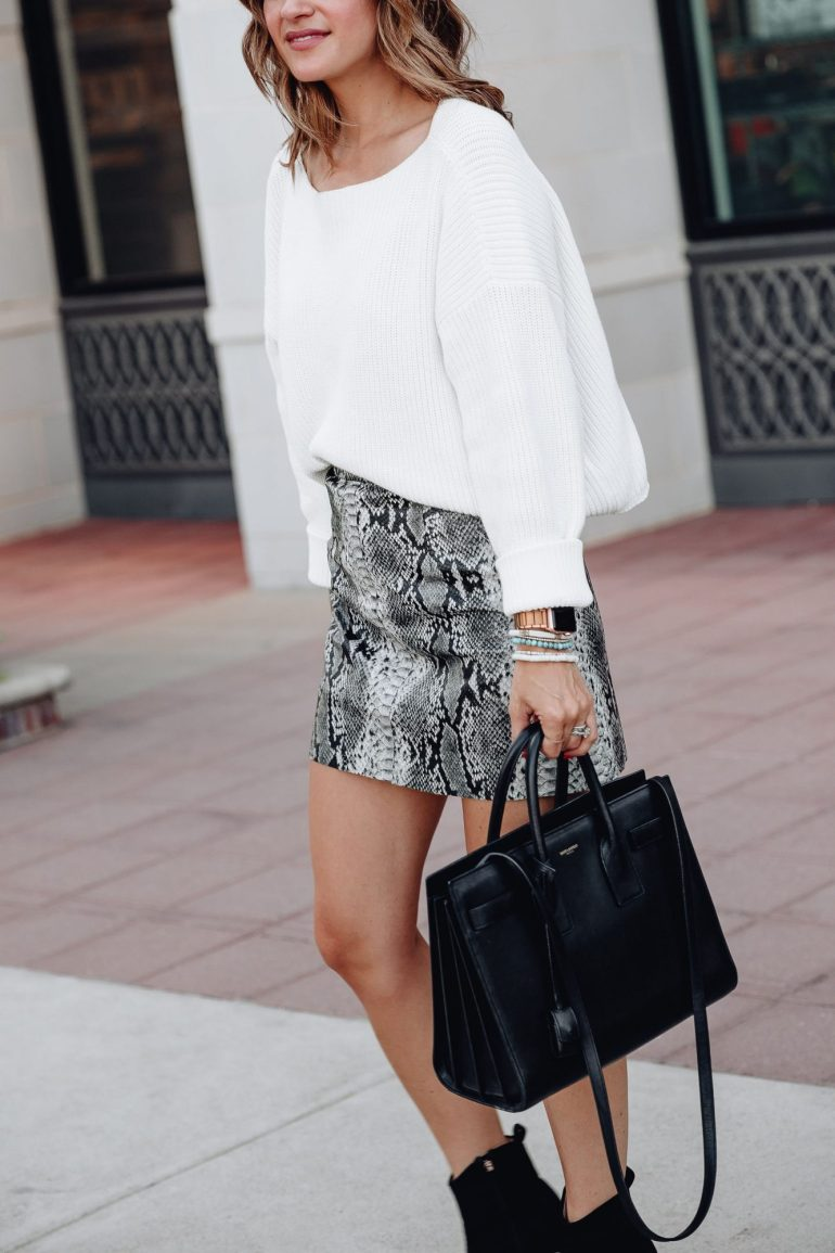 Sharing a roundup of the cutest sweaters + skirts from Bloomingdales so you can mix & match these pieces to create several pre Fall looks.