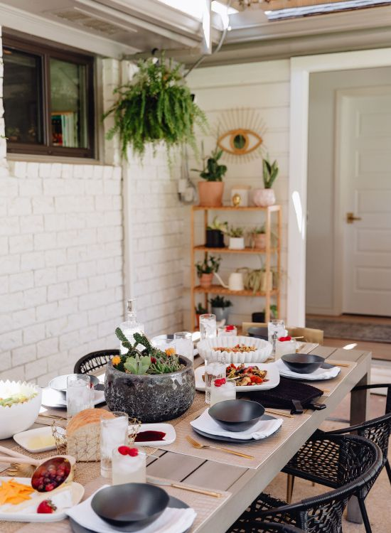 Sharing a fun summer tablescape to help inspire your summer patio entertaining featuring a beautiful alfresco spread & items from CB2.
