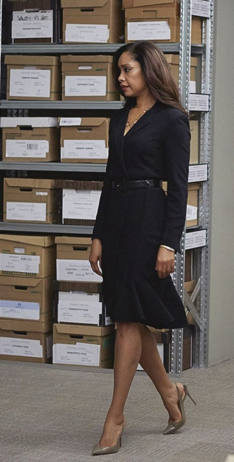 """SUITS -- """"Gone"""" Episode 409 -- Pictured: Gina Torres as Jessica Pearson -- (Photo by: Shane Mahood/USA Network/NBCU Photo Bank)"""