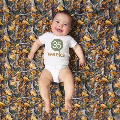 Family Friday: Eight Months Old