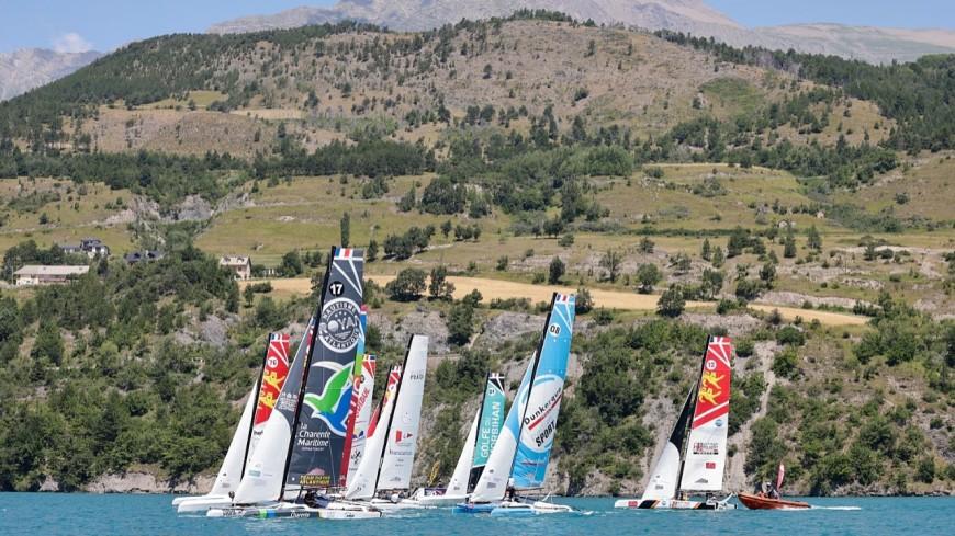Hautes-Alpes : bouquet final du Tour Voile 2021 à Serre-Ponçon
