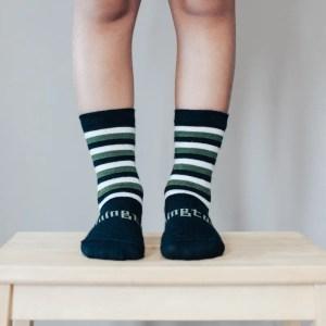 chaussettes en laine pour enfant verte