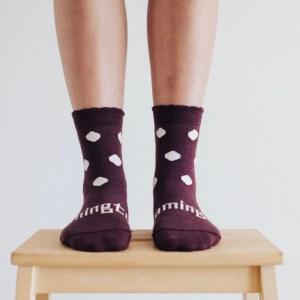 chaussettes en laine femme pourpre