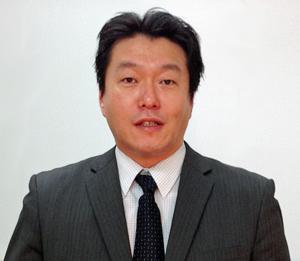 岩寺 博史 業務部長