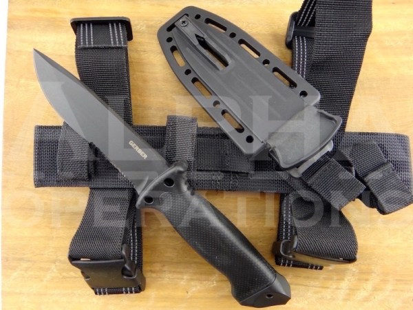 Gerber-LMF-II-Infantry-Knife-Black-22-01629N-02.jpeg