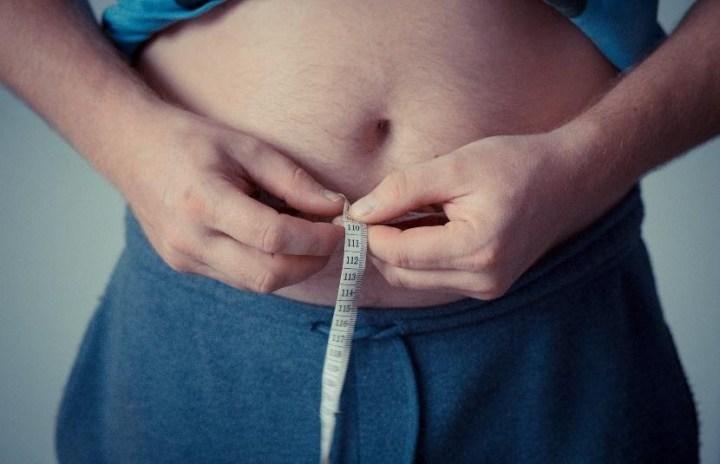 Comment se débarrasser de sa graisse abdominale et avoir les abdos visibles quand on est un homme