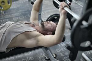 Comment gagner en force et DEVENIR PLUS FORT avec la musculation ?