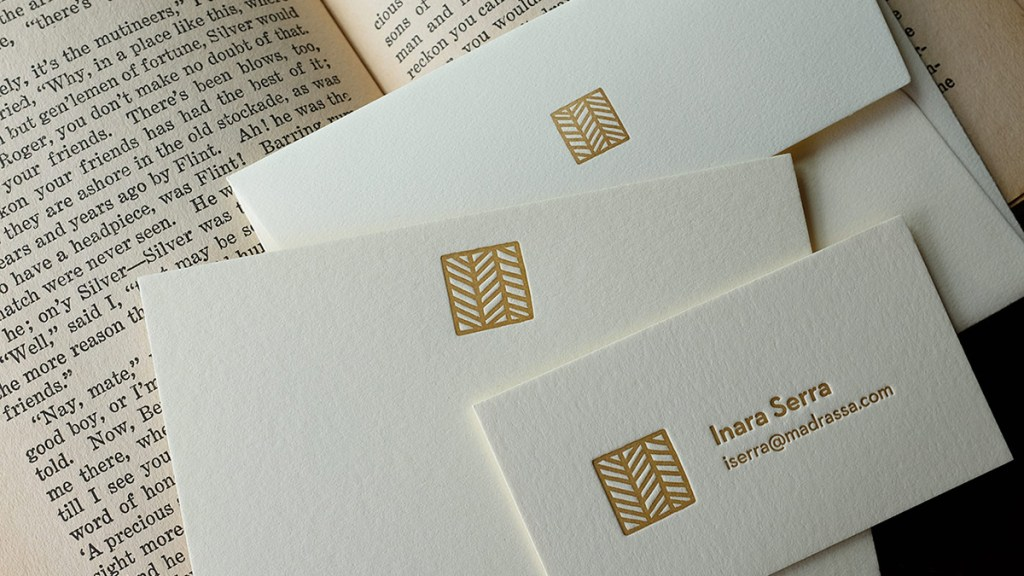Importance of Analogue Business Cards in a Digital World - Meet ...