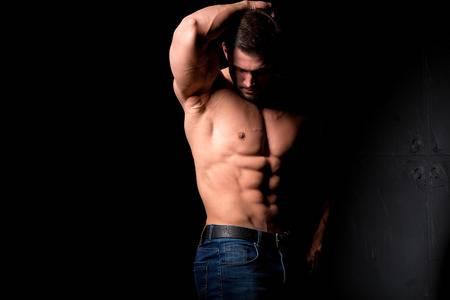 muscular-man-clomid