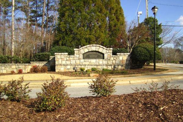 Harrington-Falls-Alpharetta-Georgia-Community