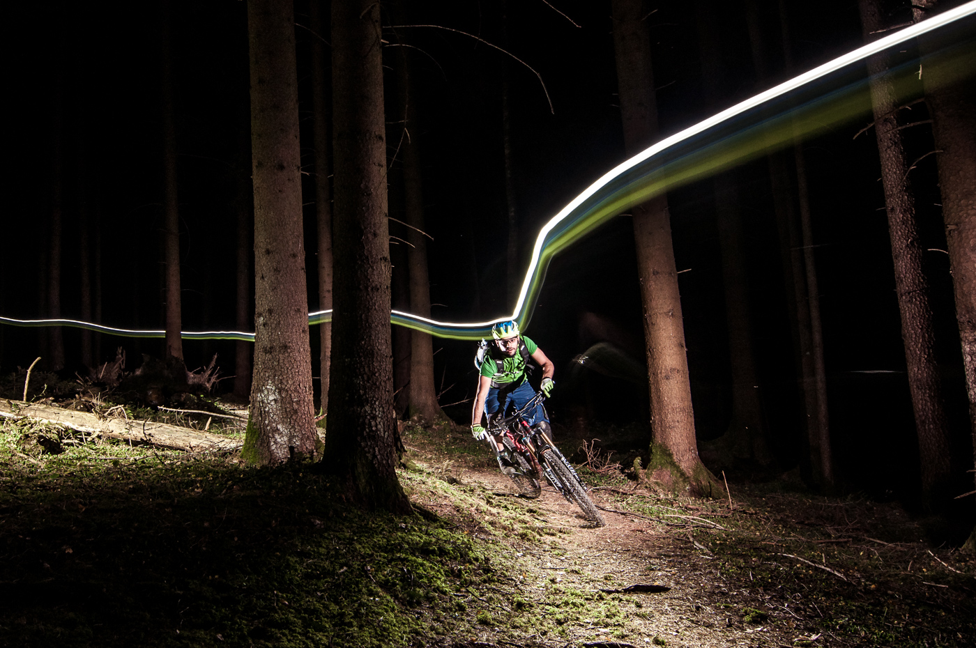Nightride MTB Enduro Trail Wald Bike Fön