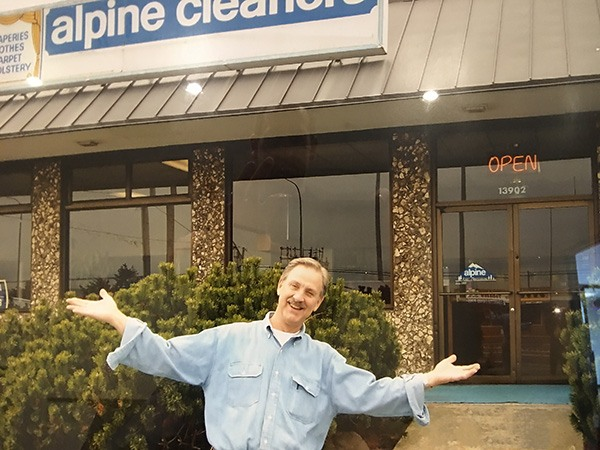 Maurice Moe last day at old location 2005
