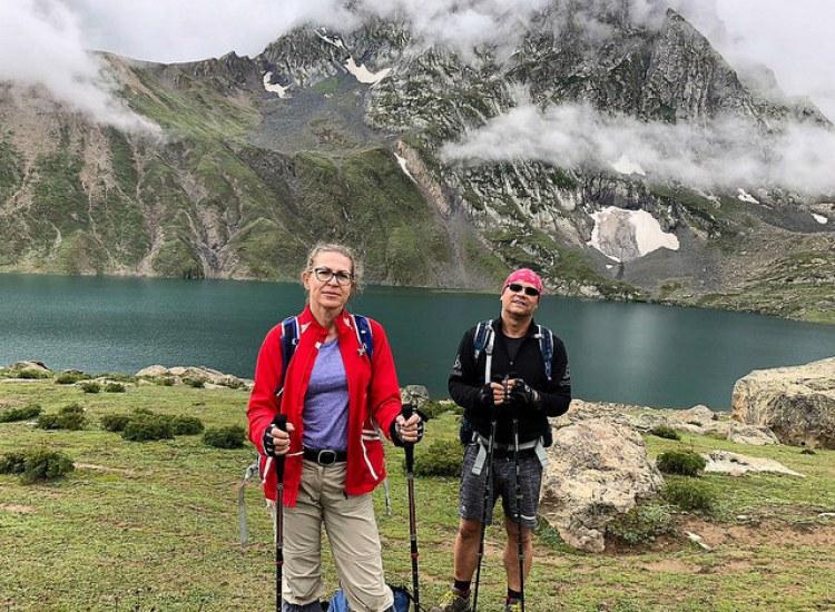 Sonamarg to Krisnansar lake trek