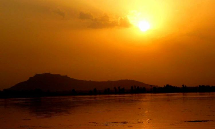 Srinagar dallake