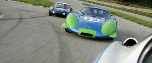Le Mans Legend 2015: l'Alpine A220 face aux GT40