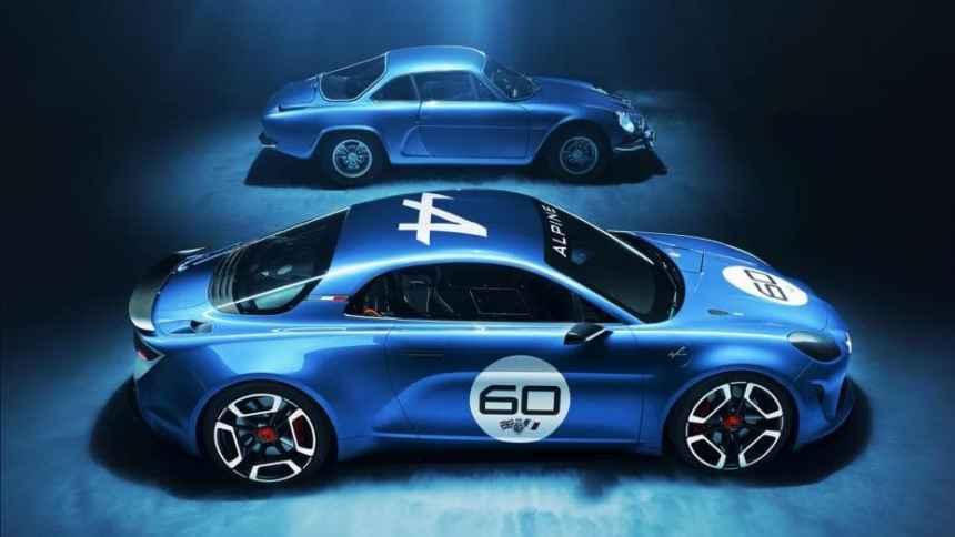 L'Alpine Célébration pose pour Top Gear Magazine