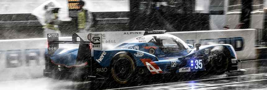 Alpine 2ème et 3ème au départ des 24 Heures du Mans