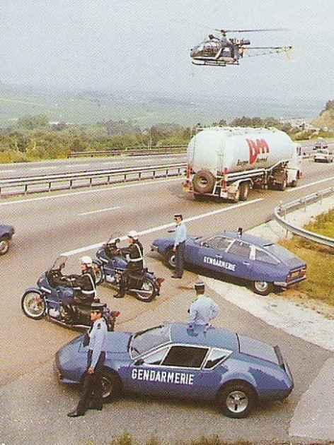 alpine-a310-4-cylindres-bri-gendarmerie-8