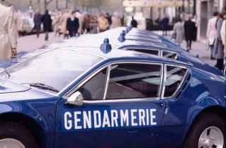alpine-a310-v6-bri-gendarmerie-3