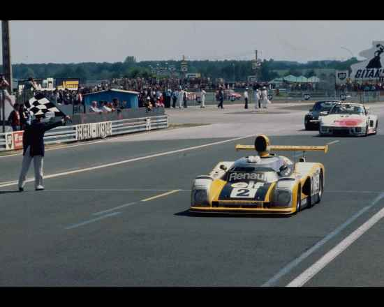 24 Heures du Mans 1978 pironi jabouille depailler jaussaud bell ragnotti frequelin a443 a442b a442a a442 victoire - 36