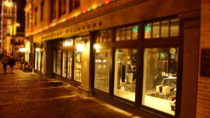 Vitrine de magasin et devanture à Grenoble