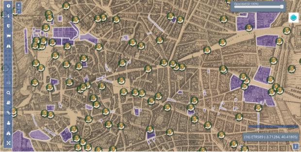 Vista general del visualizador, sobre el antiguo plano del siglo XVII se superponen puntos geoposicionados con información acerca de Cervantes, anécdotas, historias diversas y siluetas de edificios, muchos de los cuales ya no existe.