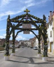 Arco de bienvenida a la Virgen de la aldea de Las Eras