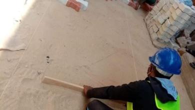 صورة محافظ أسيوط يعلن مواصلة أعمال التطوير وتركيب الانترلوك بالشوارع