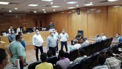 صورة محافظ الأقصر المستشار مصطفى ألهم، يتابع اليوم أعمال حملة تطعيم جميع العاملين بديوان عام المحافظة