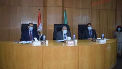 صورة محافظ المنيا يشهد الاجتماع الأول للجنة الاستشارية المشتركة مع هيئة انقاذ الطفولة الدولية
