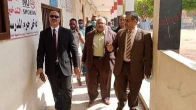 صورة ……………. أبوزيد يتابع سير العملية التعليمية بمدارس إدارة أخميم   ************************************************