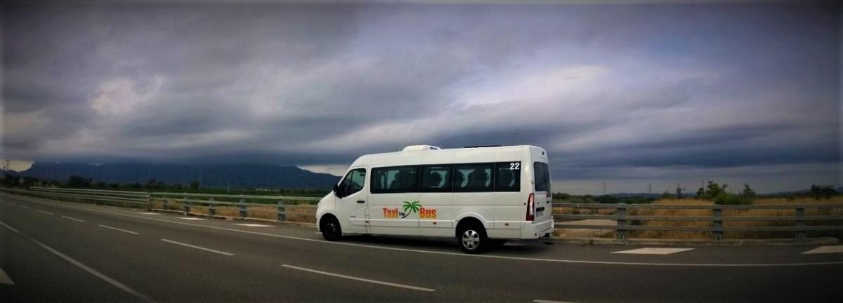 Alquiler de Autocares en Barcelona · TaxiTripBus