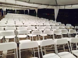 sillas-plegables-blancas