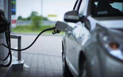 ¿Qué ocurre si echas gasolina 98 en un coche viejo?