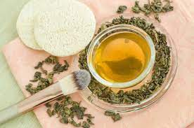 طريقة عمل ماسك الشاي الاخضر والعسل لتنقية البشرة