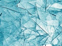 تفسير حلم تقيؤ الزجاج في المنام