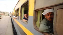 تفسير حلم ركوب القطار مع شخص في المنام