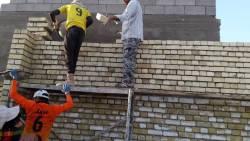 تفسير حلم رؤية عمال البناء في المنام