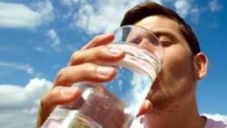 تفسير حلم العطش للميت في المنام