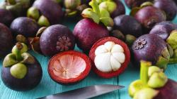 فوائد العنب للجنين