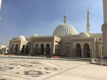 تفسير رؤية المرأة في المسجد للحامل