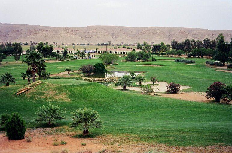 ديرا بارك الرياض