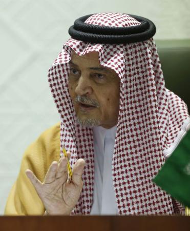 وزير الخارجية السعودي سعود الفيصل في مؤتمر صحفي في الرياض يوم 15 أبريل نيسان 2014. تصوير: فيصل الناصر - رويترز