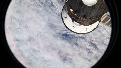 Photo of رائد الفضاء الإماراتي هزاع المنصوري يلتقط أول صورة من محطة الفضاء الدولية