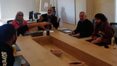 Photo of لجنة الصحة في بلدية السكسكية نظمت لقاءً لأصحاب المقاهي ومحال الديليفري